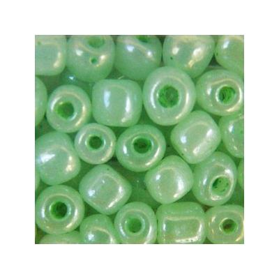 Ceyloni zöld kásagyöngy, 4mm
