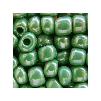 Lüszteres sötétzöld kásagyöngy, 4mm